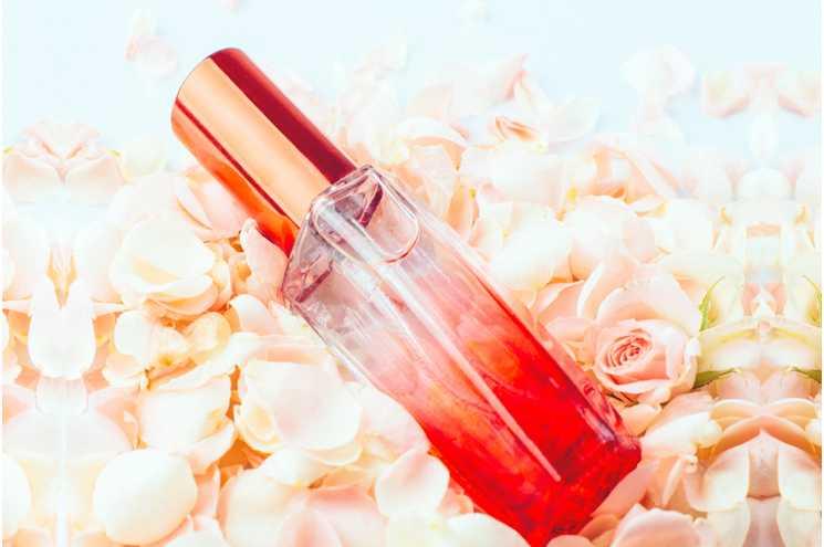 5 секретів, як обрати ідеальні жіночі парфуми