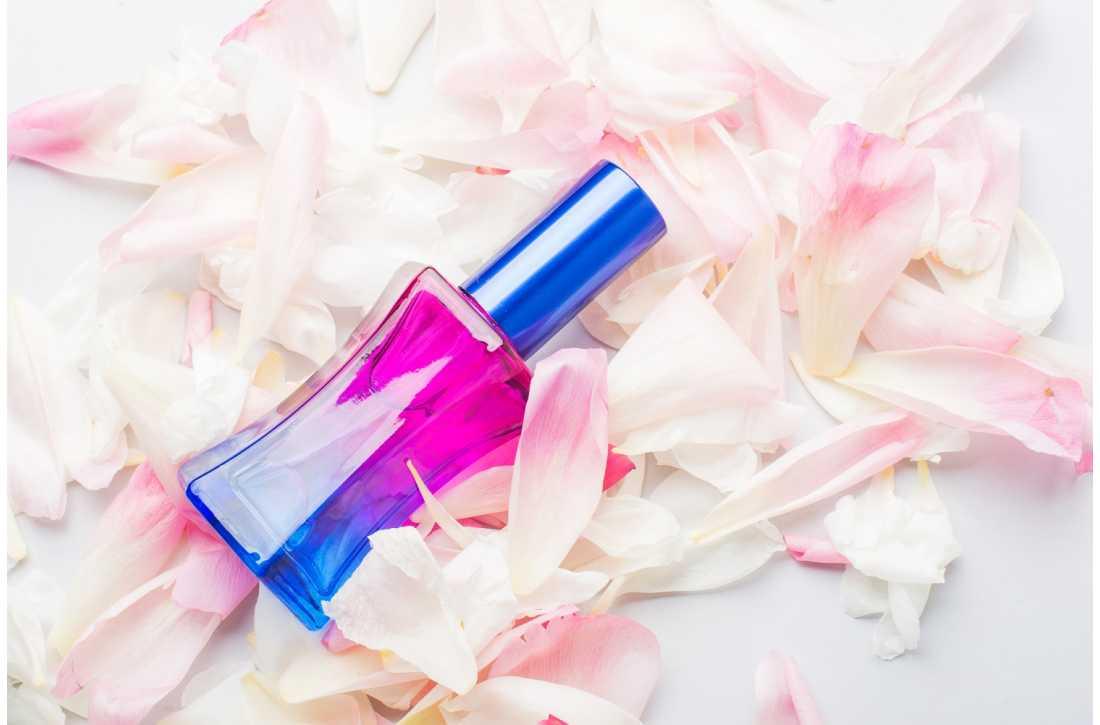 Доступный парфюм — духи на разлив.