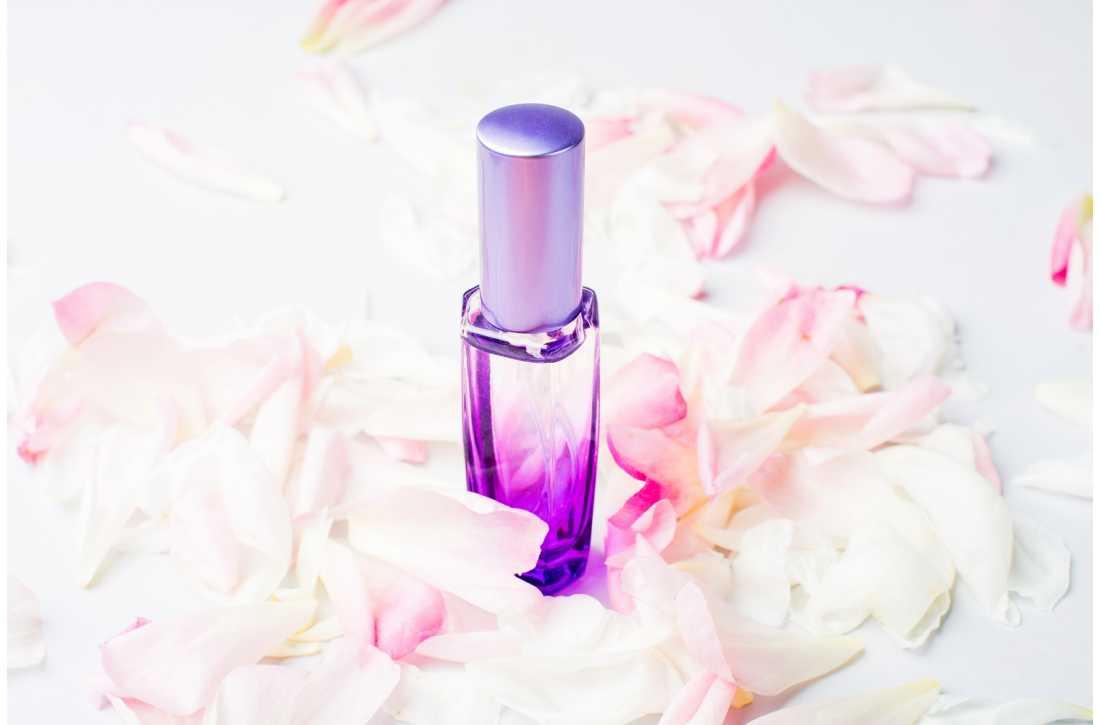 Вибираємо модні жіночі парфуми